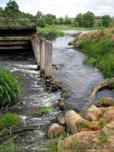 Остатки моста на платине от мельницы