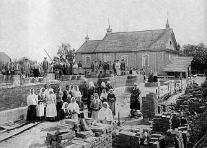в. Старыя Васілішкі, Касцёл святых апосталаў Пятра і Паўла. Будаваўся у 1897-1907 гг.