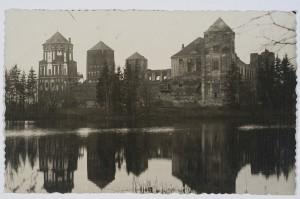 Мирский замок на старых открытках