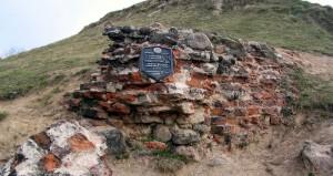 Руины замковой брамы