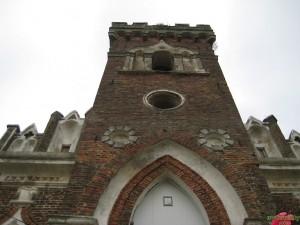 Церковь святой Варвары входная башня