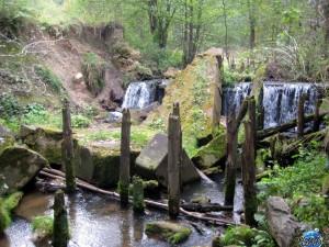 Водяная мельница около поселка Райца