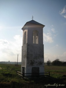 Католическая часовня около деревни Каревичи