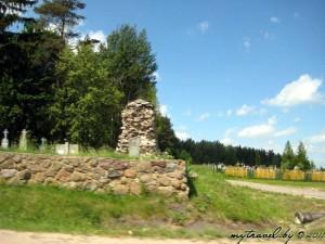 кладбище христианское: памятник немецким солдатам