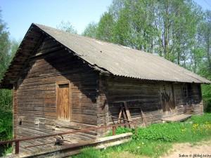 Водяная мельница в деревне Бричицы